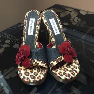 """NEW Steve Madden """"Charoo"""" sandal heels 🌺"""